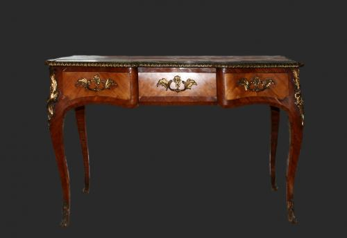 An exceptional quality Louis XVI style desk