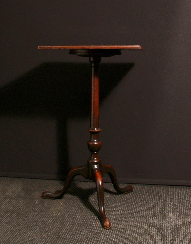 A 18th C mahogany urn table