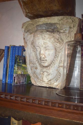 A period keystone