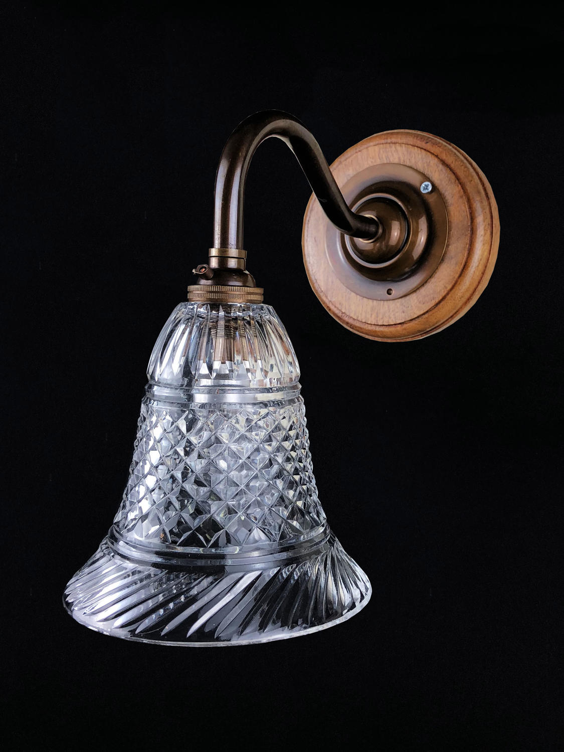 An Edwardian style wall light