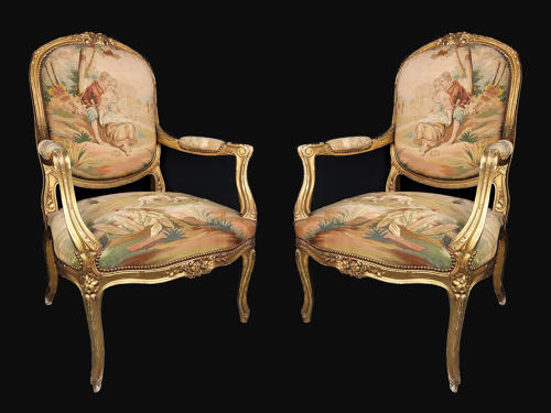 A pair of gilt-wood and Beauvais / Aubusson tapestry chairs