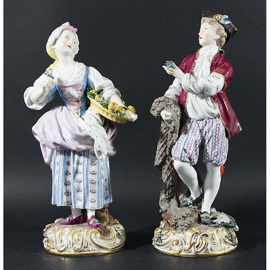 A pair of Meissen style figures