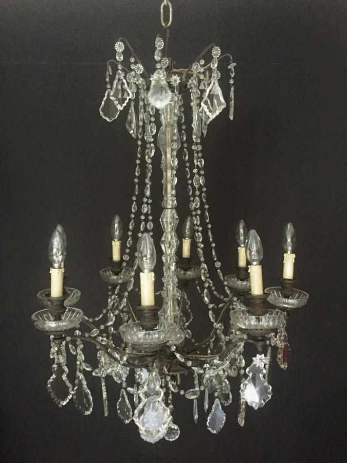 An elegant eight arm French chandelier
