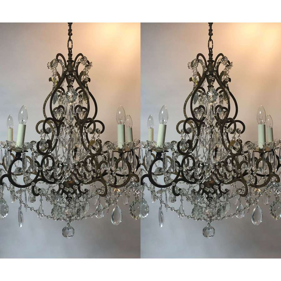 An Italian 18th century Rococo style chandelier