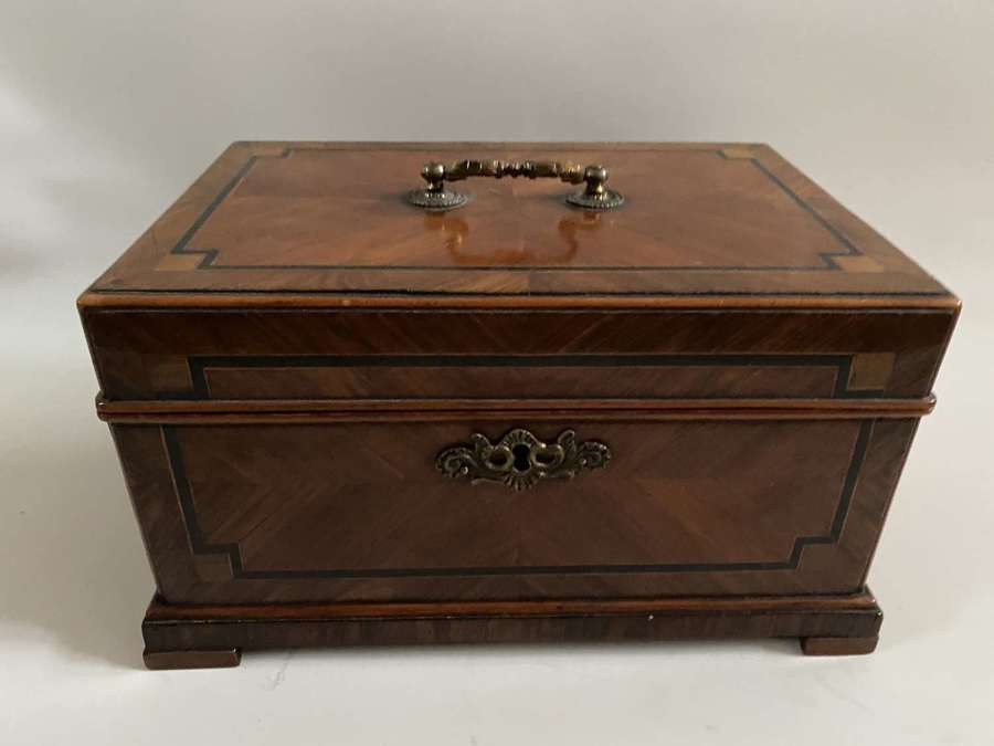 A Tulip wood and Kingwood box parquetry