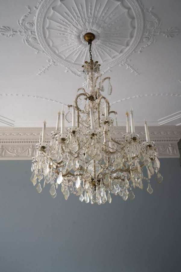 A 15 light Maria Theresa Chandelier